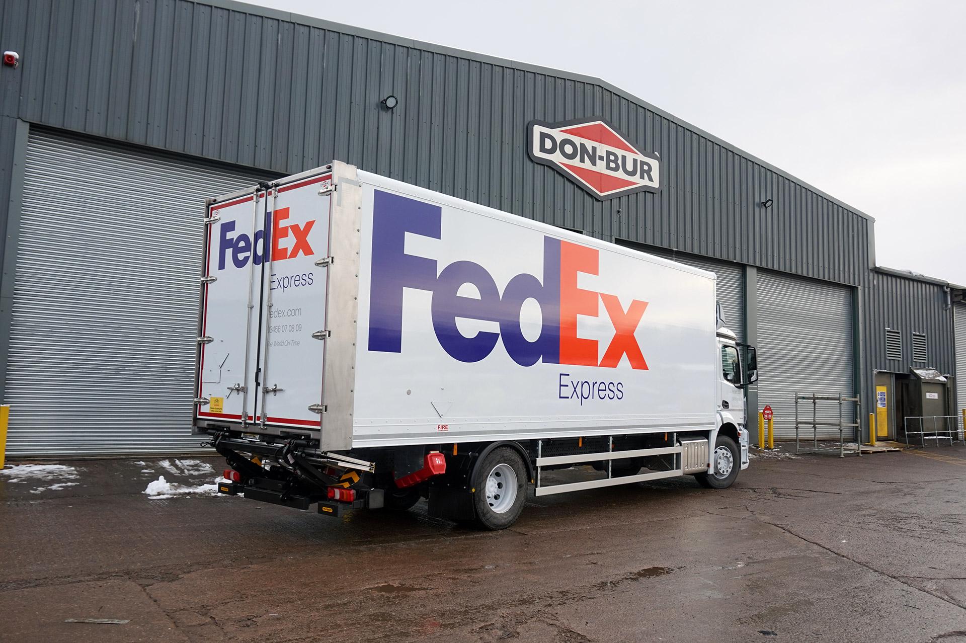 18T FedEx Box Van Rigid Bodywork