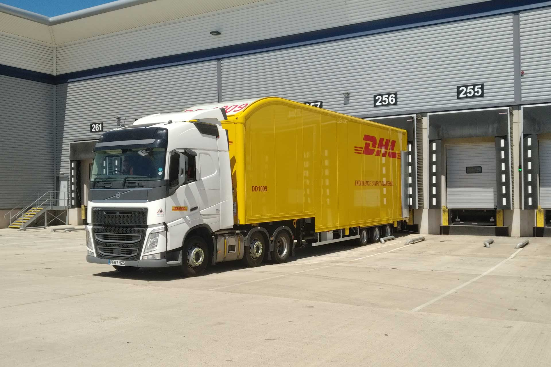 DHL Parcel invests in fleet to increase capacity, reduce carbon emissions and improve safety