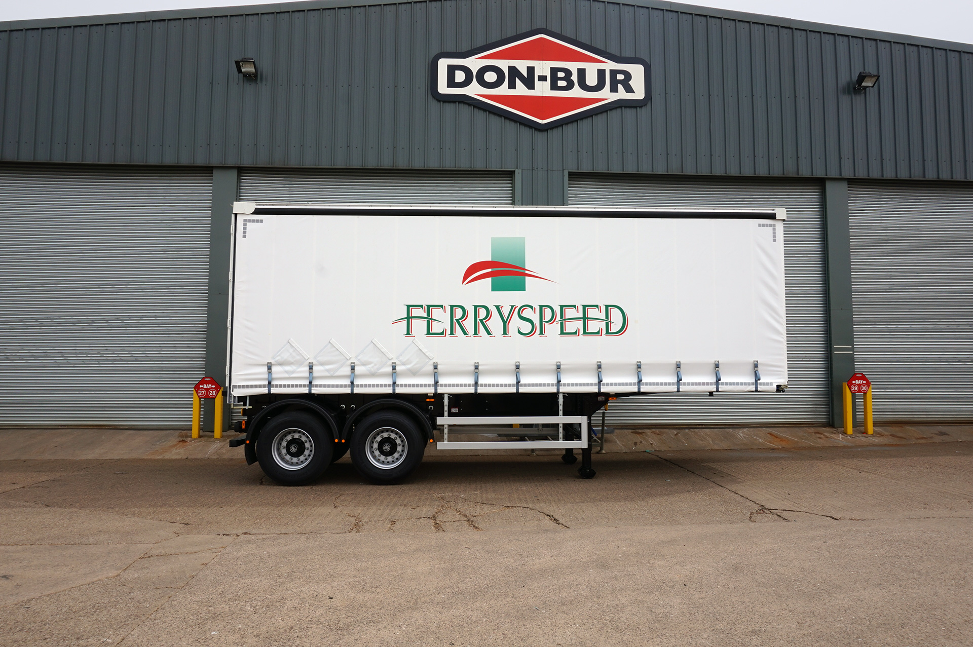 Curtainsider Urban Trailer