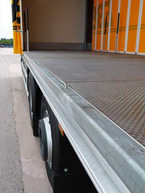 Aluminium Overlay Flooring