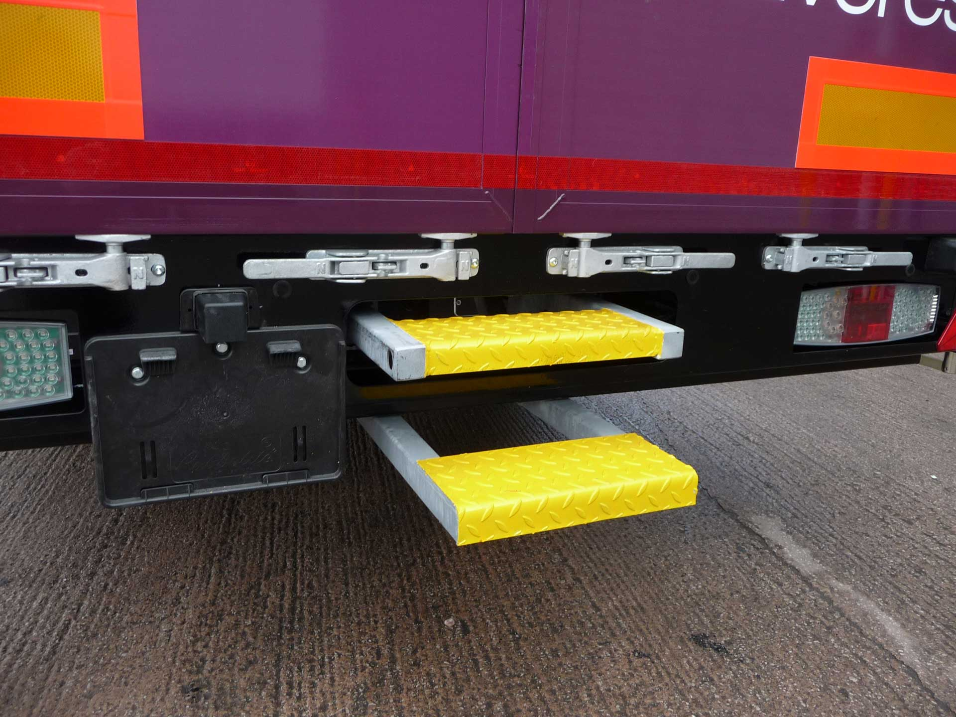 Heavy Duty Over-And-Under Slide Out Step