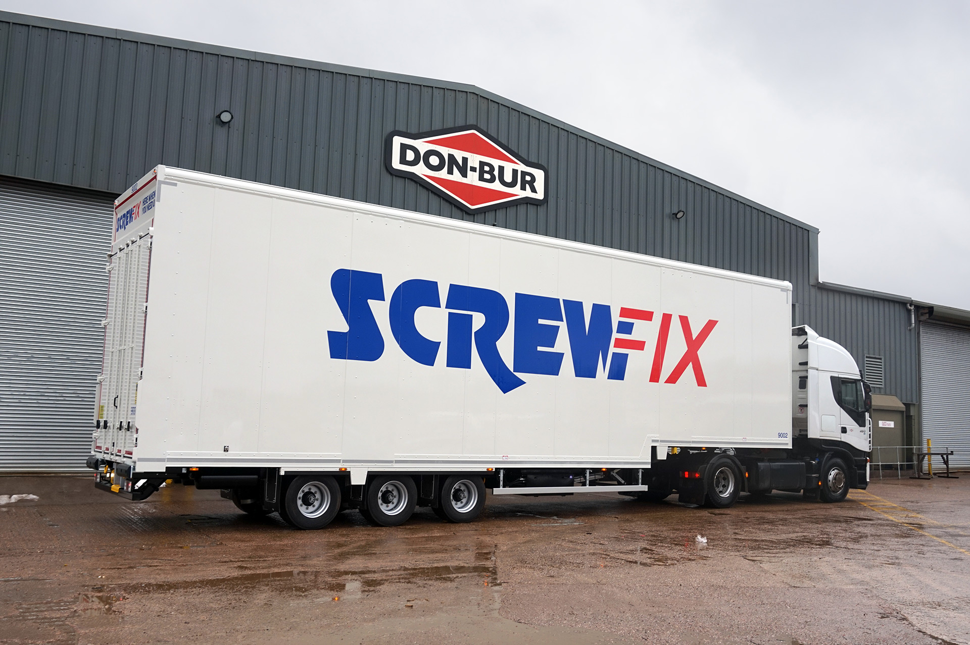 Screwfix Lifting Deck Trailer