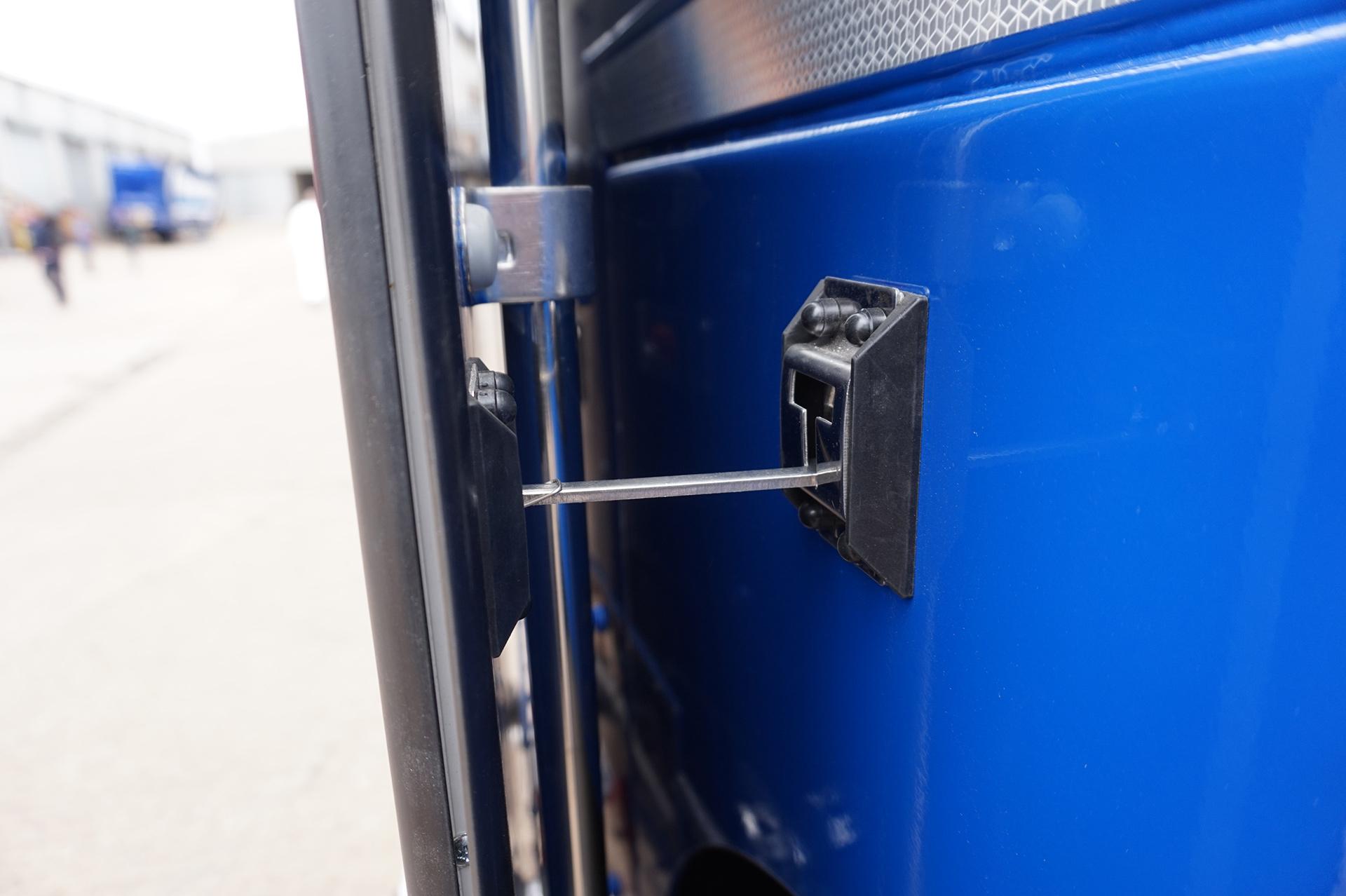 Stainless Steel T-Bar Door Retainer