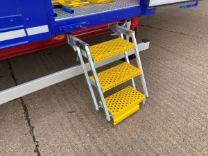 Pull out Scissor Steps x3 photo