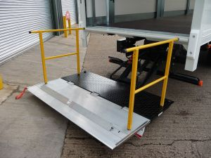 https://www.donbur.co.uk/gb-en/images/uploads/taillift-tuckaway-open.jpg